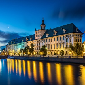 wroclaw latin singles Mexico holidays offer all the bliss of the caribbean, with a sprinkling of latin fiestas and mythical mayan sites glorious beaches, fabulous shopping and excellent cuisine also make it the ideal place to kick back and indulge.